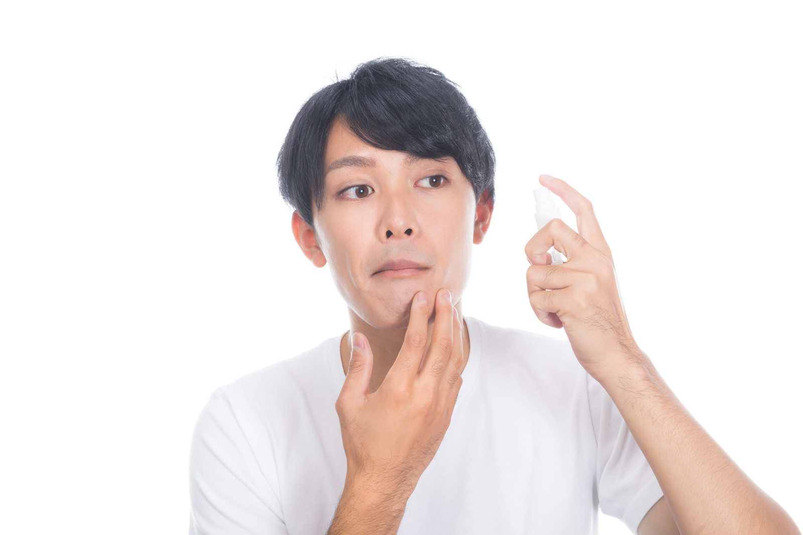 NULL BBクリームの口コミや効果まとめ!|ニキビ跡や青髭が目立たなくなる?!